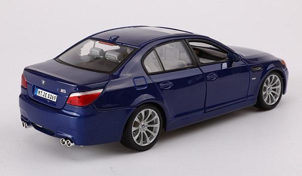 โมเดลรถ โมเดลรถเหล็ก โมเดลรถยนต์ BMW M5 blue 3