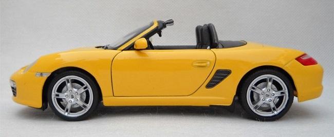 โมเดลรถ โมเดลรถยนต์ โมเดลรถเหล็ก porsche boxster S yellow 3