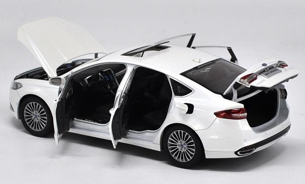 โมเดลรถ โมเดลรถเหล็ก โมเดลรถยนต์ Ford Mondeo 2017 ขาว 4