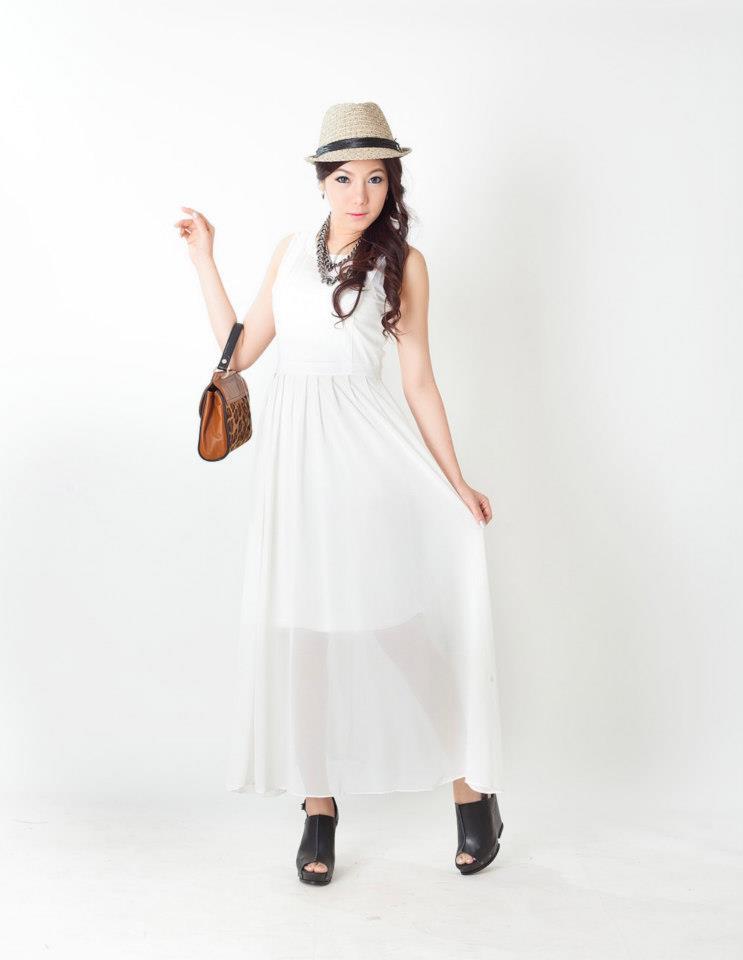 [[พร้อมส่ง]] Longdress0359 : Dress ผ้าชีฟองตัวยาว / สีขาว