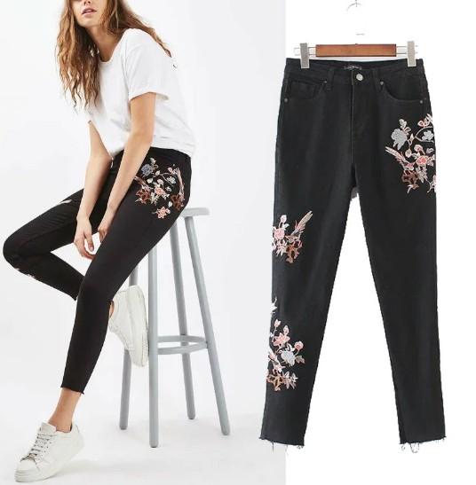 กางเกงยีนส์สีดำแฟชั่นแบรนด์