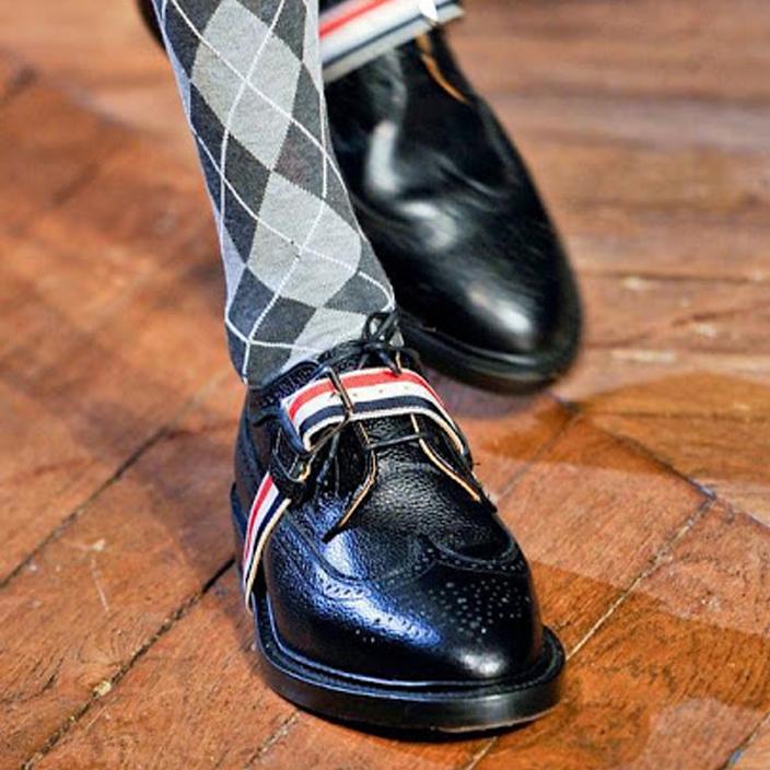 รองเท้าหนังTHOM BROWNE BLUCKLED WINGTIP