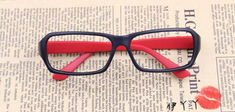 แว่นตาแฟชั่นเกาหลี สีดำแดง (ไม่มีเลนส์)