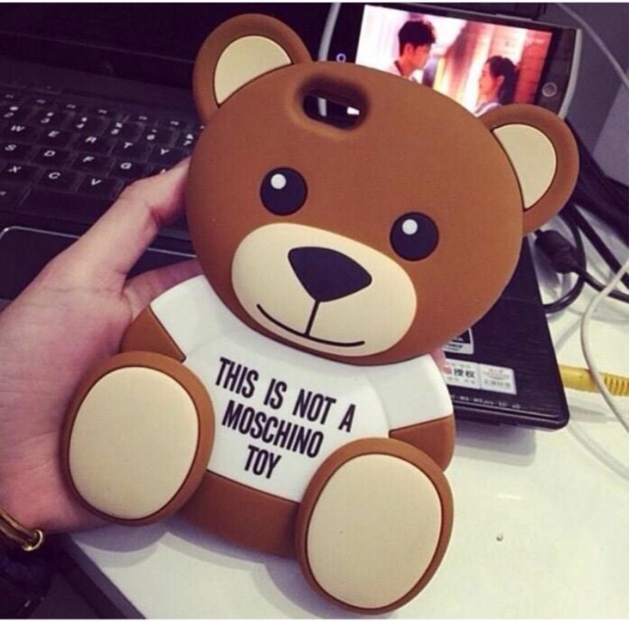 หมี Moschino iPhone 6/6S