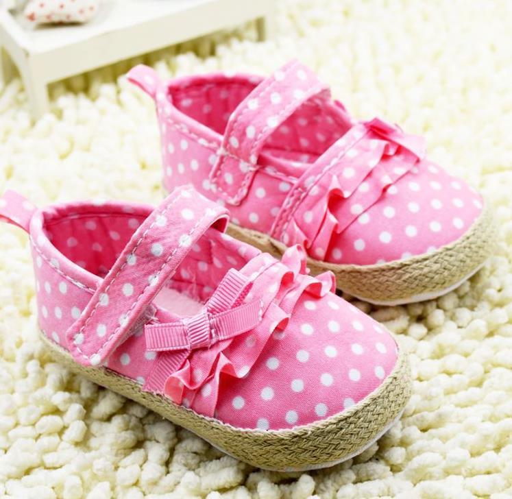 รองเท้าเด็กเล็ก สีชมพูลายดอท