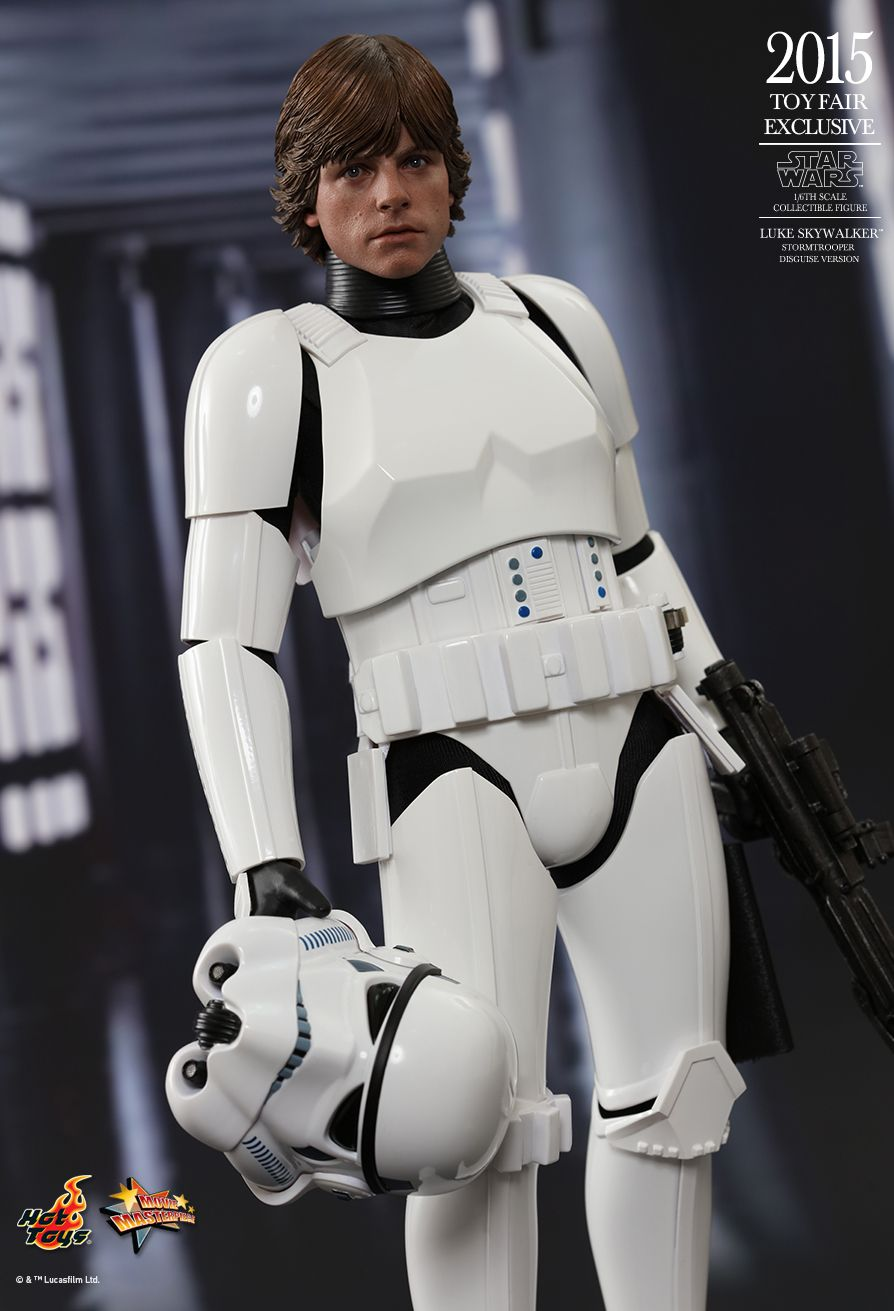 Hot Toys MMS304 STAR WARS: EPISODE IV A NEW HOPE LUKE SKYWALKER (STORMTROOPER DISGUISE VERSION)