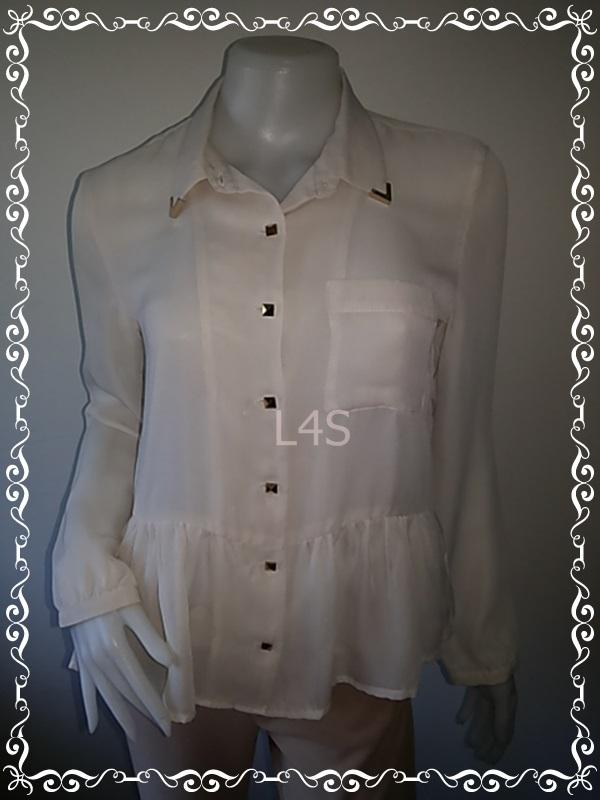 jp4403--เสื้อแฟชั่น ชีฟอง สีครีม RETRO GIRL อก 34 นิ้ว