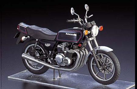 1/12 NAKED BIKE No.04 Kawasaki Z400FX Plastic Model Plastic Model(Back-order)