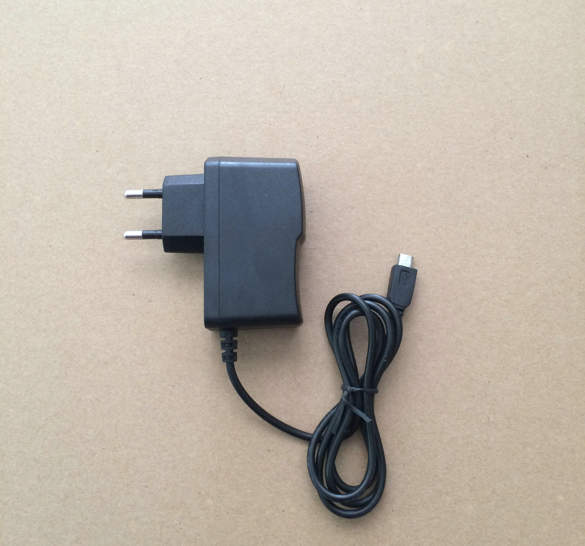 Power Adapter micro usb 5V 2A