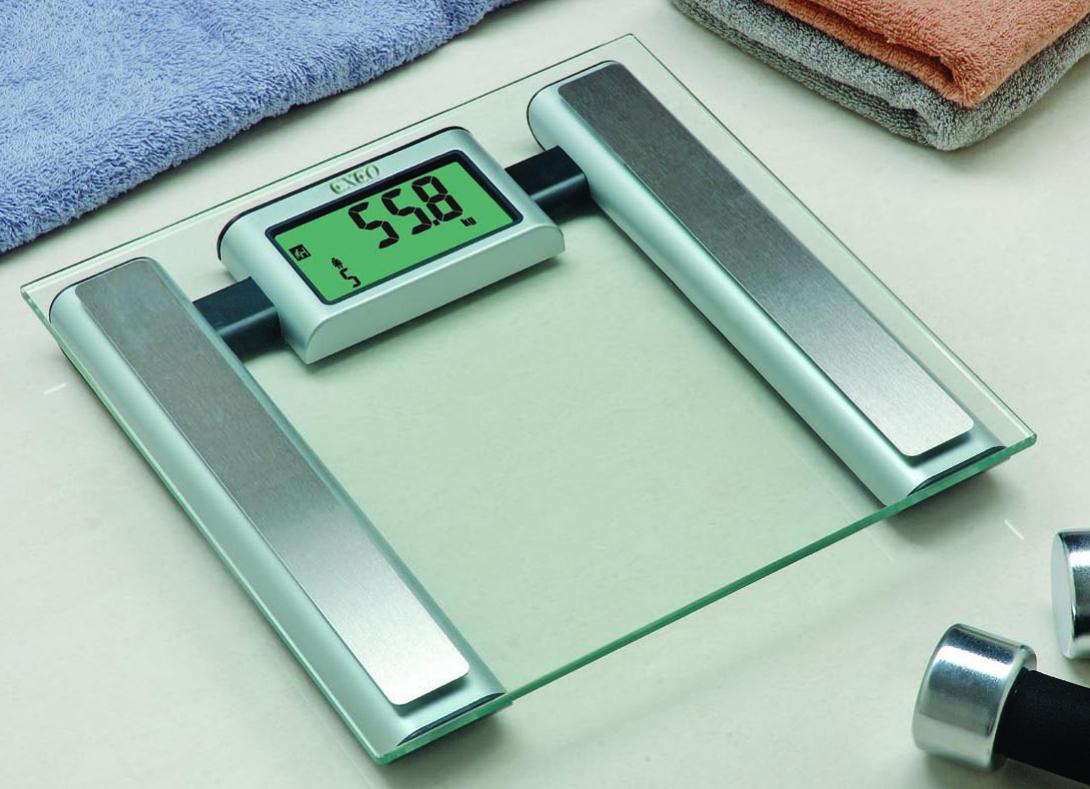 เครื่องชั่งน้ำหนักดิจิตอล BODY FAT EXEO # EF541
