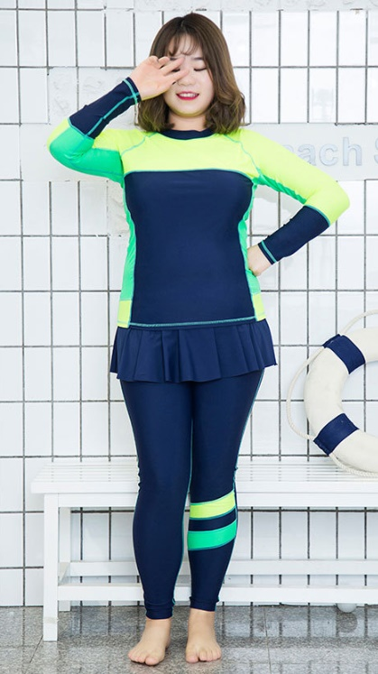ชุดว่ายน้ำคนอ้วน แบบสปอร์ตพร้อมส่ง :ชุดว่ายน้ำไซส์ใหญ่สีน้ำเงินเขียวแขนขายาว. กางเกงขายาวแต่งกระโปรงระบาย แบบเก๋น่ารักมากๆจ้า:รายละเอียดไซส์คลิกเลยจ้า