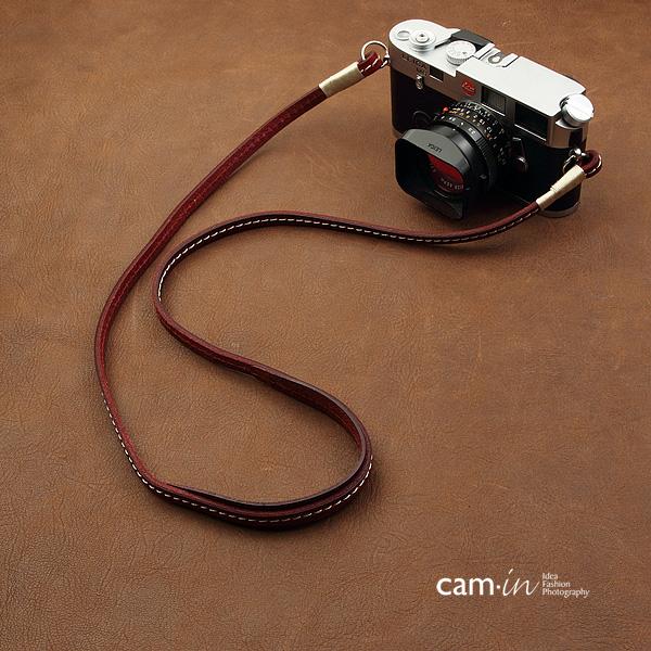 สายคล้องกล้องหนังแท้ cam-in Ultra slim สีไวน์แดง