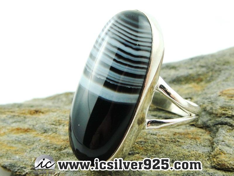 ▽บอสวาน่า อาเกต (Black Botswana Agate)แหวนเงินแท้ 925(แหวนเบอร์ : 58) 8.3g