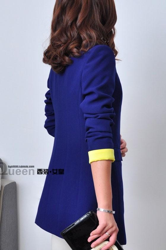 เสื้อสูทแฟชั่น เสื้อสูทผู้หญิง สีน้ำเงิน แต่งปลายแขนเสื้อสีเหลือง ตัวยาวคลุมสะโพก