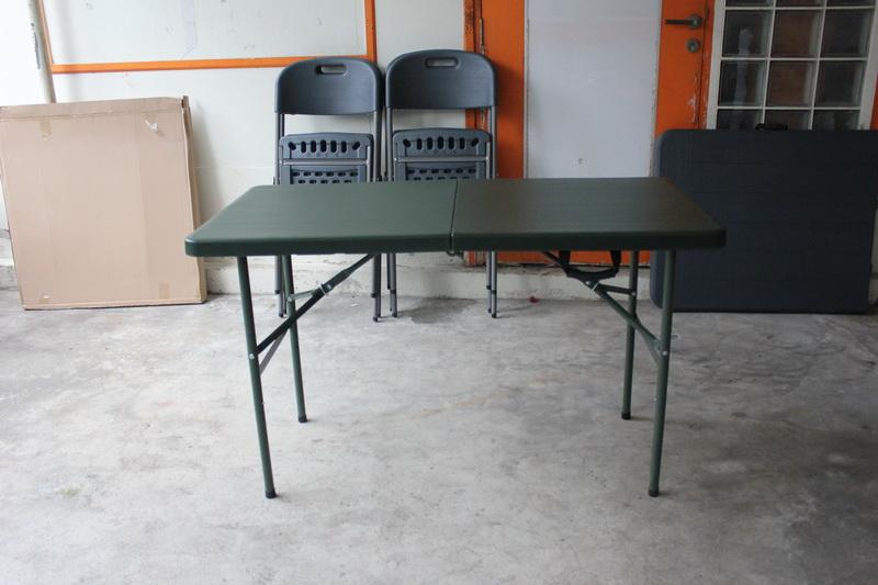 โต๊ะอเนกประสงค์พับได้ สีเขียว KOMMET HDPE รุ่น HDT-120W