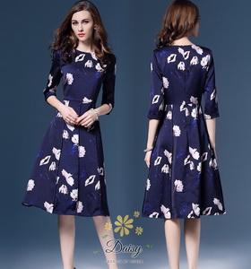 ชุดเดรสผ้าแฟชั่นเกาหลี ซาตินซิล พิมพ์ลาย