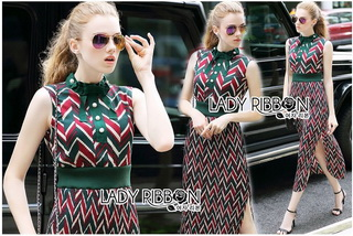 Lady Ribbon Online ขายส่งเสื้อผ้าออนไลน์ Lady Ribbon พร้อมส่ง LR17040816 &#x1F380 Lady Ribbon's Made &#x1F380 Lady Taylor Red-Green Graphic Printed Sleeveless Maxi Dress