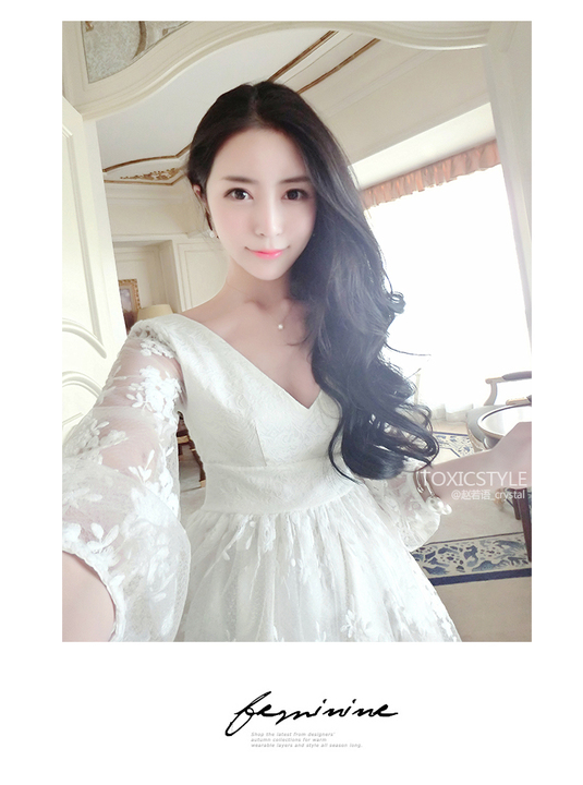 ชุดเดรสลูกไม้คุณหนูสีขาวน่ารักๆ