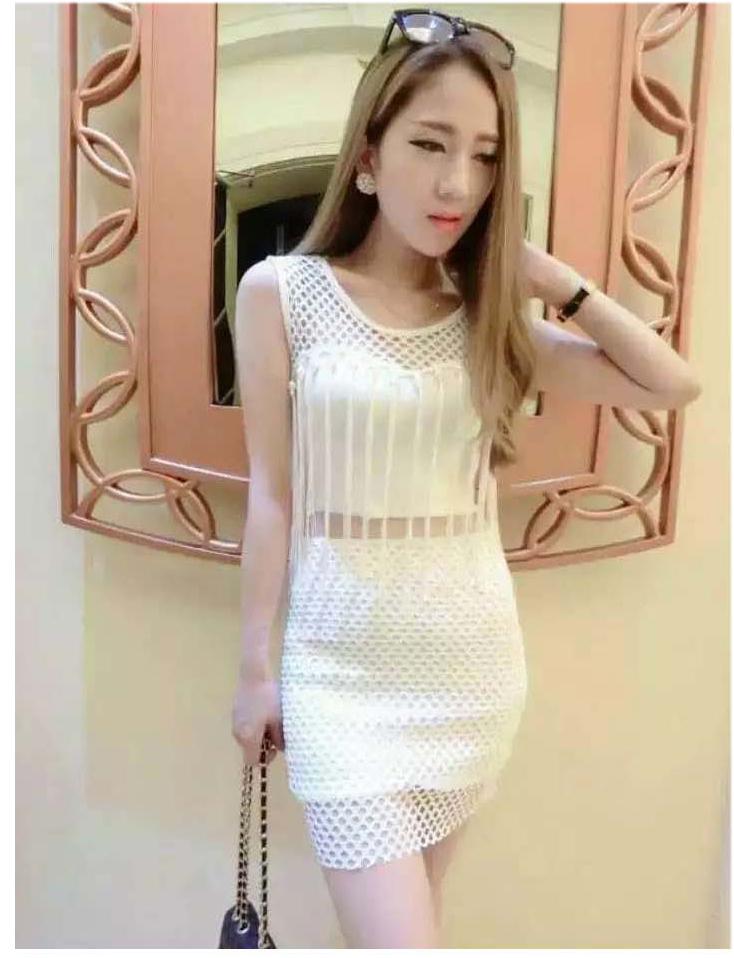 รับตัวแทนจำหน่ายชุดเดรสแฟชั่นเกาหลีสีขาวแขนกุด