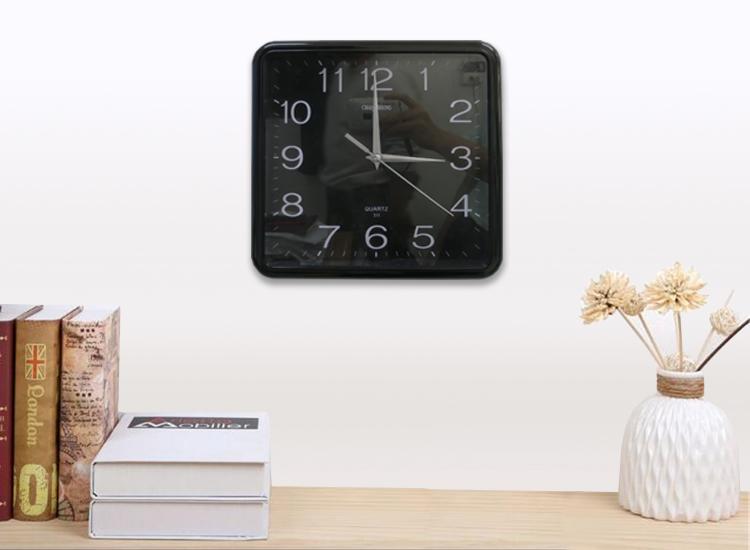กล้องนาฬิกาแขวนผนัง (ทรงสี่เหลี่ยม)