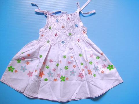 EXTG012 Baby Extreme เสื้อสายเดี่ยวเด็กหญิง สีชมพูอ่อน สม็อคช่วงลำตัว ปัก-พิมพ์ลายดอกไม้ Size 12M/24M