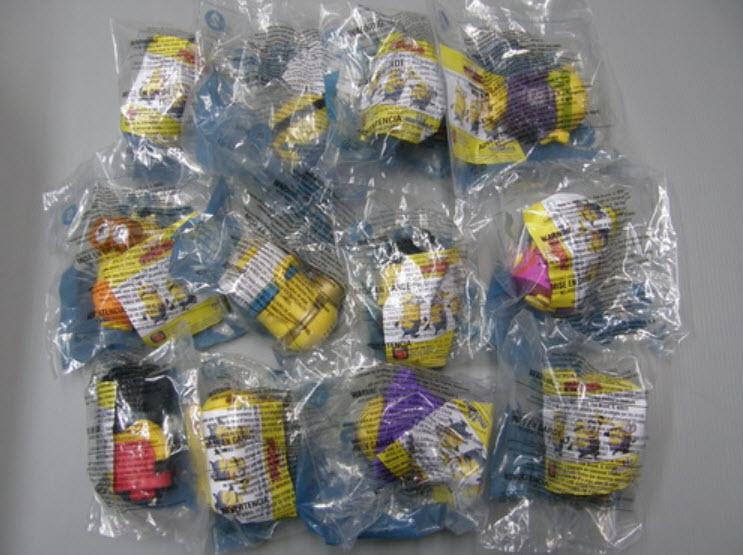 ฟิคเกอร์ Minions ครบชุด 12 ตัว (Mc USA)
