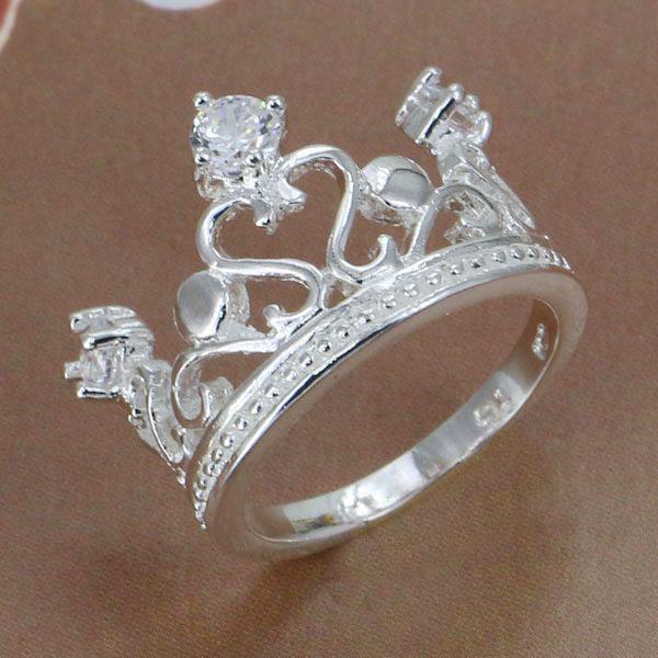 R898 แแหวนเพชรCZวงใหญ่ ตัวเรือนเคลือบเงิน 925 หัวแหวนมงกุฎแต่งเพชร ขนาดแหวนเบอร์ 8