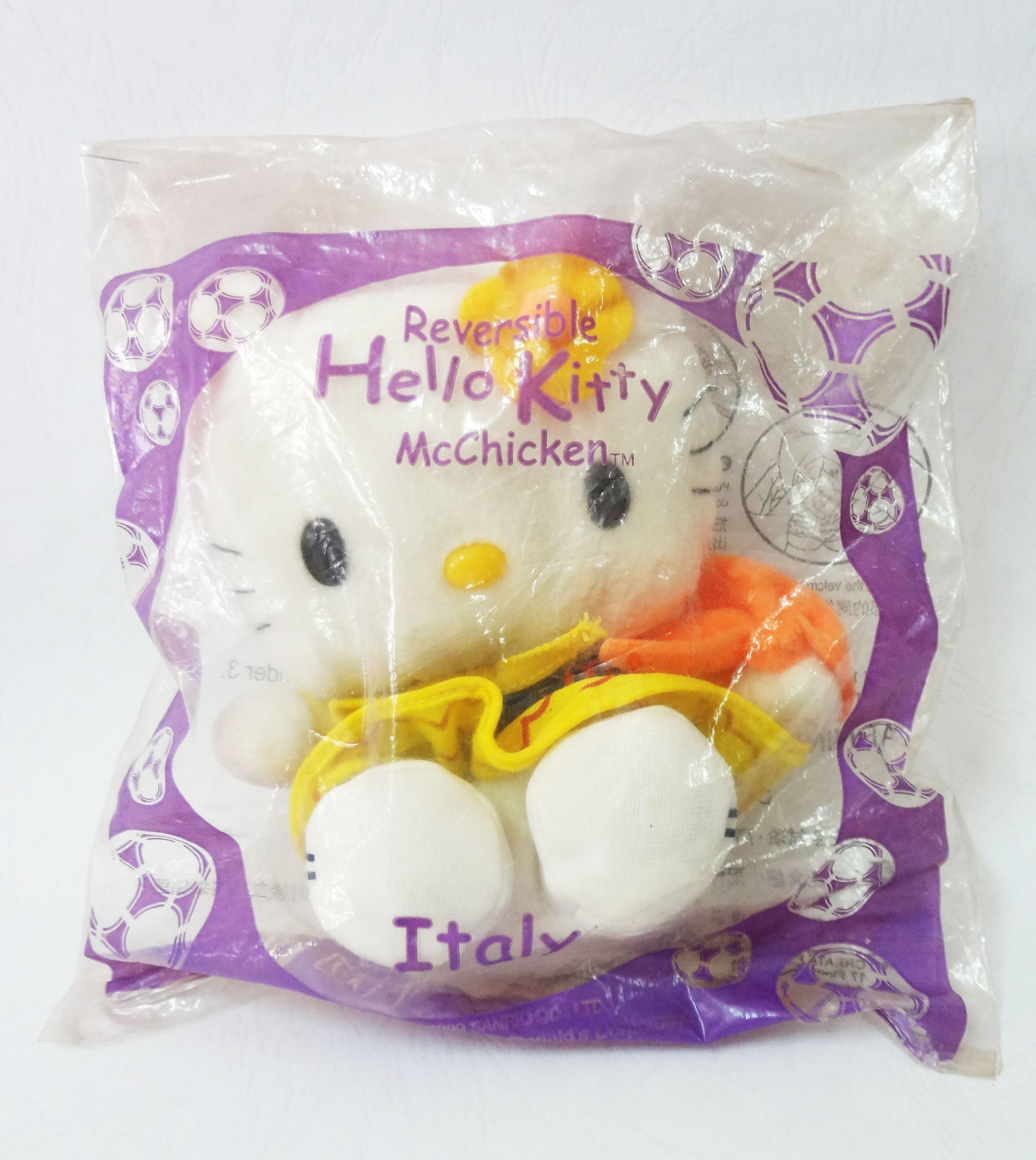 Reversible Hello Kitty-McChicken-Italy