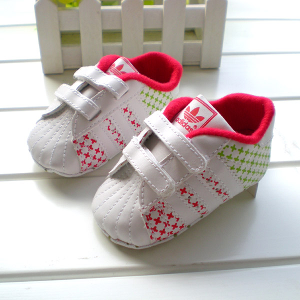BE2010 (Pre) รองเท้าผ้าใบ Adidas (0-1 ขวบ)