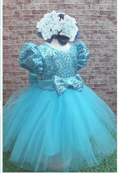 ชุดกระโปรงสาวน้อยสีฟ้า