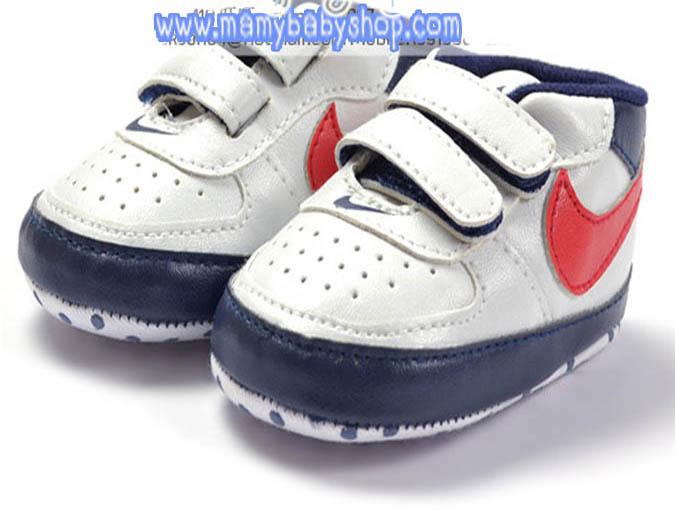 รองเท้ากีฬาเด็ก NIKE