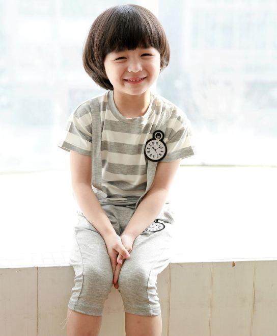 Huanzhu kids ชุดเซตเด็ก เสื้อ +กางเกง ตกแต่งคล้ายสายเอี้ยม น่ารักสไตล์เกาหลี เก๋มากค่ะ
