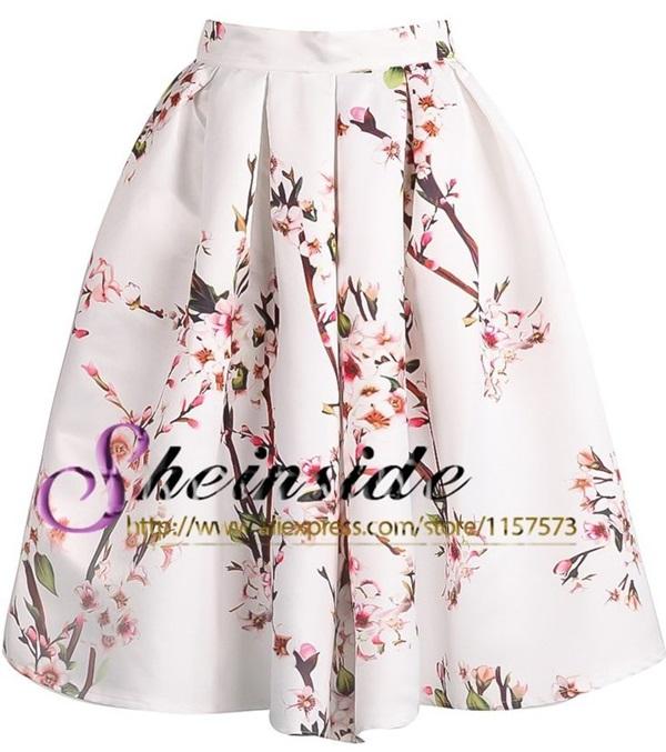 Pre-Order กระโปรงจีบรอบตัวสไตล์วินเทจ เอวสูง สีขาวพิมพ์ลายดอกไม้สีชมพูหวาน ๆ ความยาวแค่เข่า