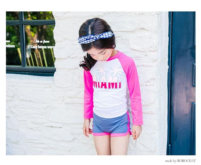 ชุดว่ายน้ำเด็กผู้หญิง เสื้อแขยาว กางเกงขาสั้น