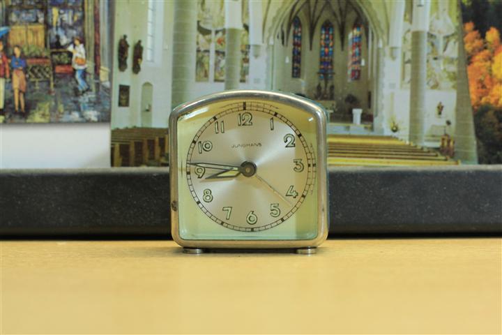 W_0140 นาฬิกาปลูก Junghans เดินดี ปลูกดี