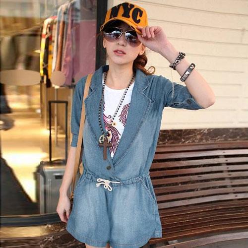 ++สินค้าพร้อมส่งค่++ ชุด Jumpsuit กางเกงขาสั้น เสื้อคอปก ช่วงตัวมีกระดุม 1 เม็ด แขนสามส่วนพับได้ แต่งกระเป๋าข้าง 2 ข้าง+หลัง – สี Blue Jean (