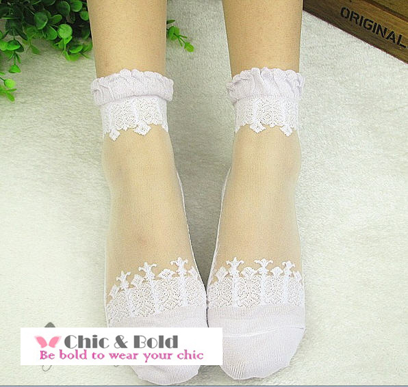 ถุงเท้าใยแก้วสวยหรู (มีสีดำ,ขาว)