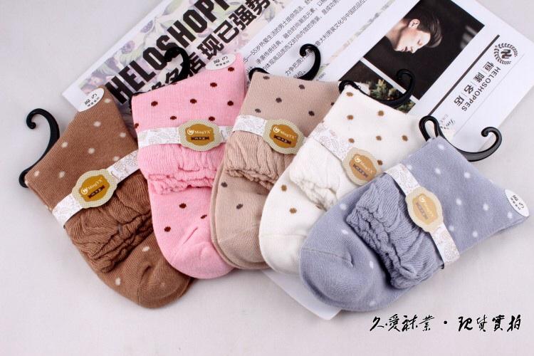 S353 **พร้อมส่ง** (ปลีก+ส่ง) ถุงเท้าแฟชั่นเกาหลี ข้อยาว คละ 5 สี มี 10 คู่/แพ็ค เนื้อดี งานนำเข้า(Made in China)