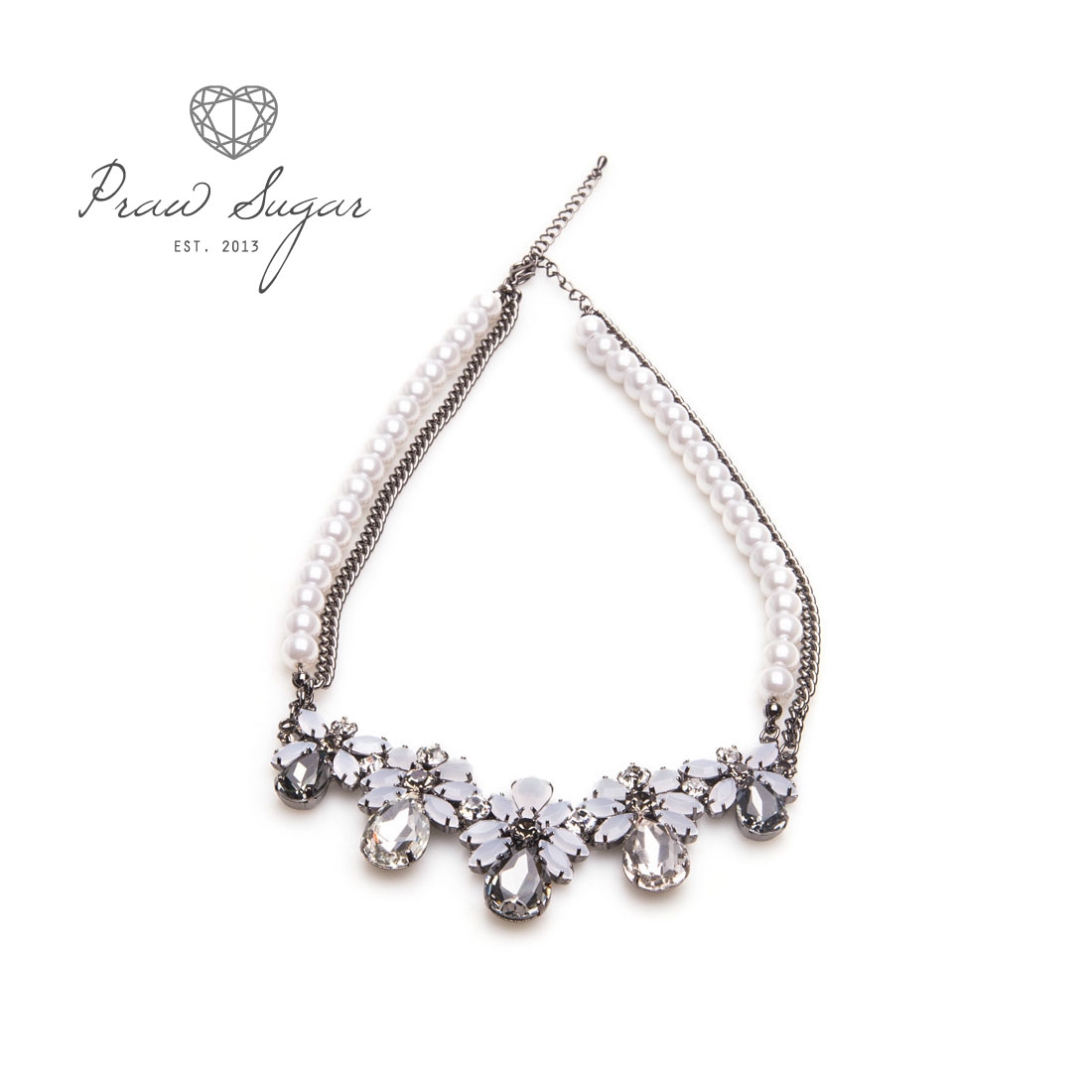 Luxurious Floral Crystal Grey White Necklace