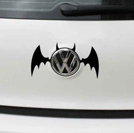 สติ๊กเกอร์ Batman สีดำ ติดโลโก้รถ ขนาด 9 * 13 ซม.