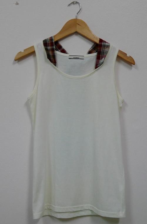 Jp4019 เสื้อกล้ามผ้ายืด สีขาว แต่งผ้าคอตตอนลายสก็อต รอบอก 33-35 นิ้ว