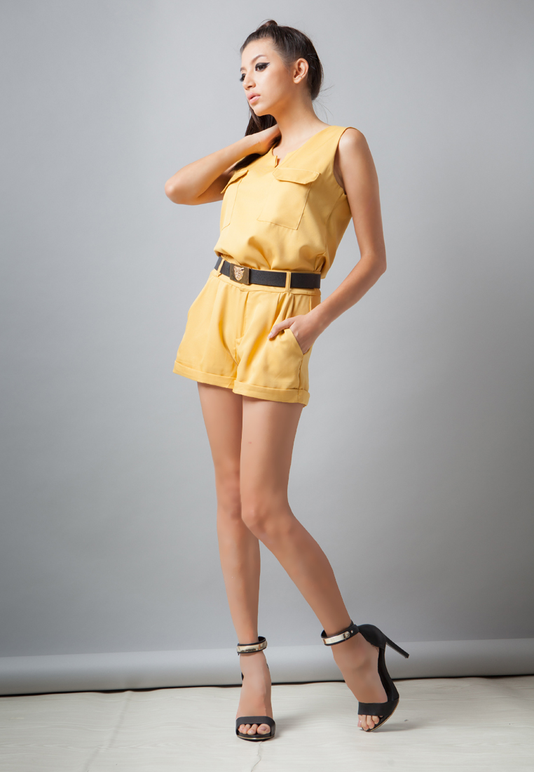 Set เสื้อ-กางเกงขาสั้น Chilling - Yellow