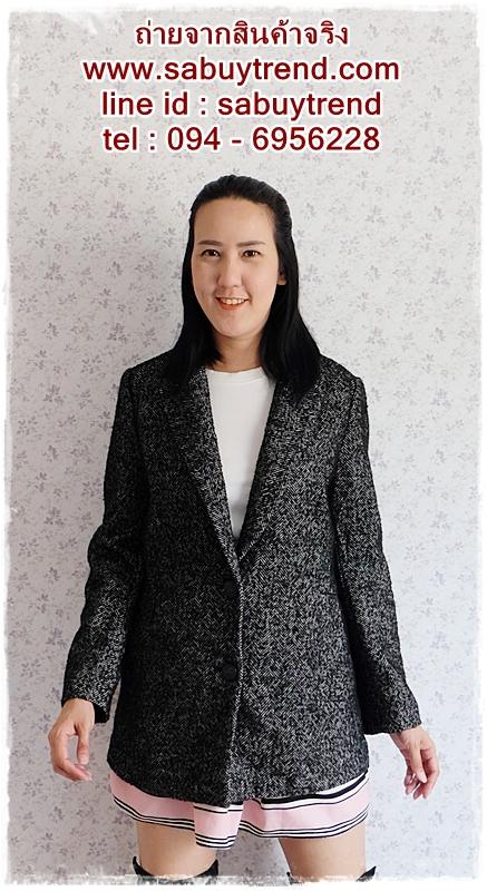 ((ขายแล้วครับ))((จองแล้วครับ))ca-2697 เสื้อโค้ทกันหนาวผ้าถักลายดำขาว รอบอก38