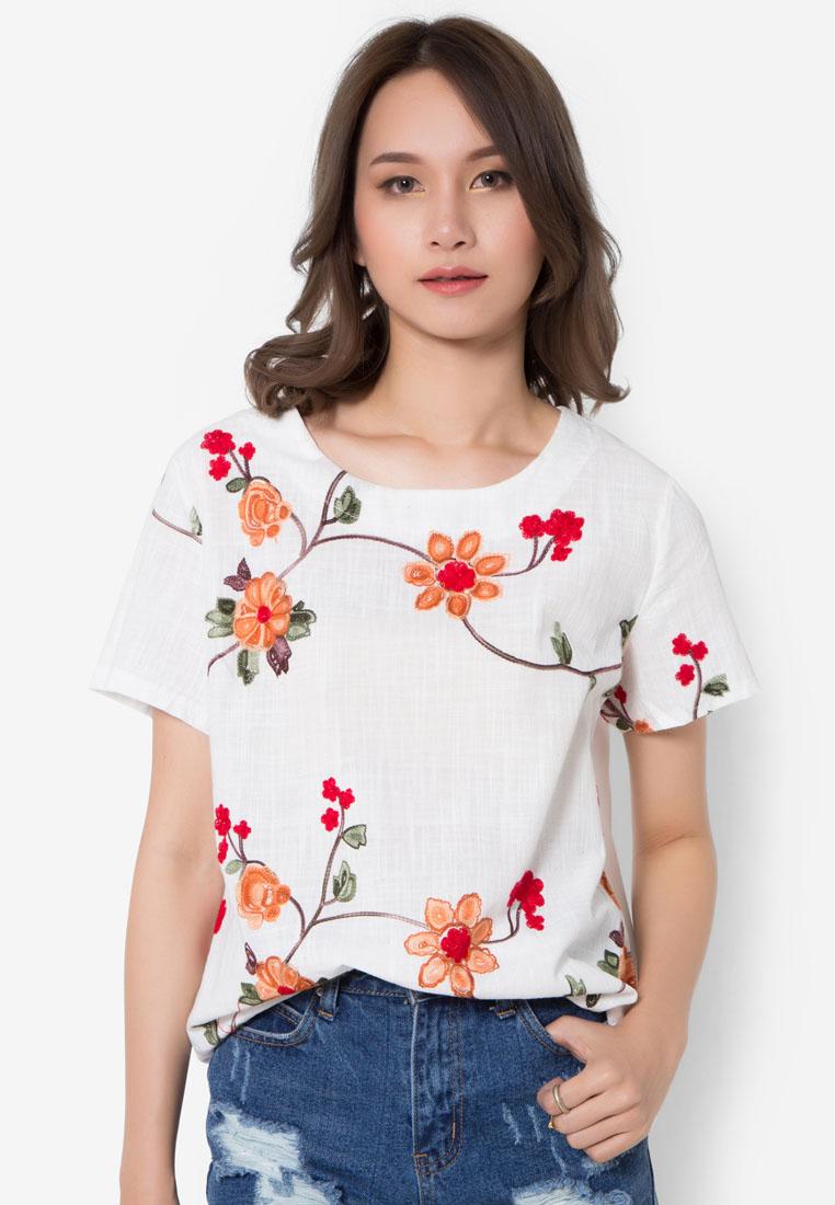 เสื้อเบลาส์ Wild Flowers